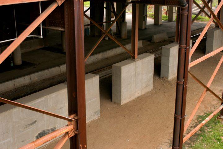 Stahlträger in Beton