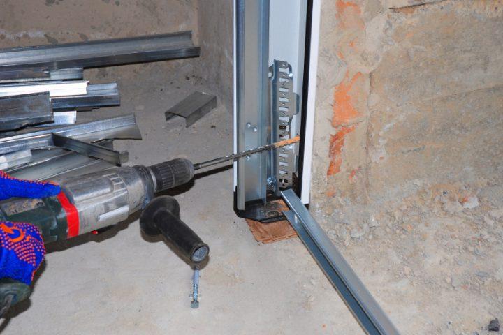 Stahltür Installation