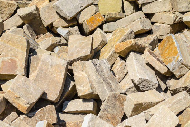 Steine für Trockenmauer » Alle Optionen im Überblick