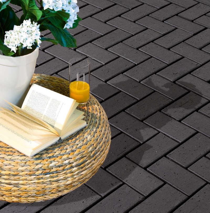 fundament f r die terrasse erstellen schritt f r schritt. Black Bedroom Furniture Sets. Home Design Ideas