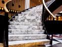 Steintreppen mit Stein, Holz oder Laminat verkleiden
