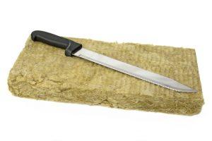 Steinwolle mit Dämmstoffmesser