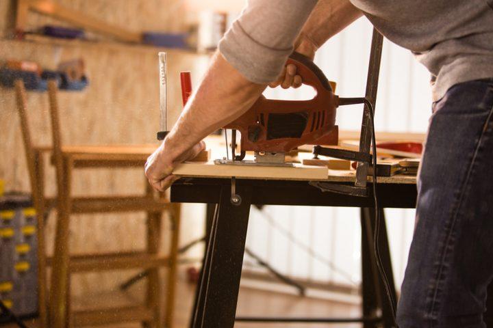 Stichsäge zu Tischkreissäge umfunktionieren