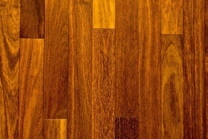 Sucupira Holz