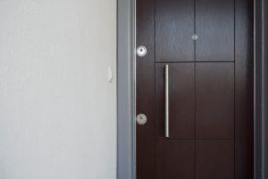 Tür zumauern