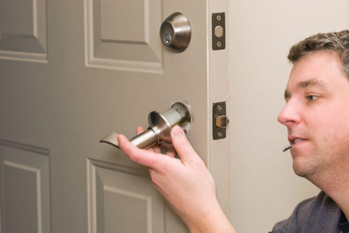 Bevorzugt Türen weiß streichen » Anleitung in 6 Schritten CD11