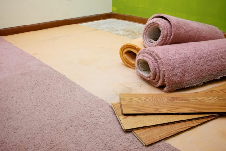 Teppich auf Laminat kleben