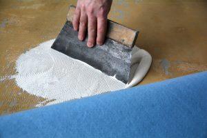 Teppich kleben