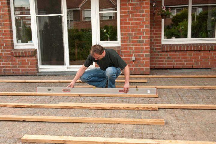 Terrasse bauen Anleitung