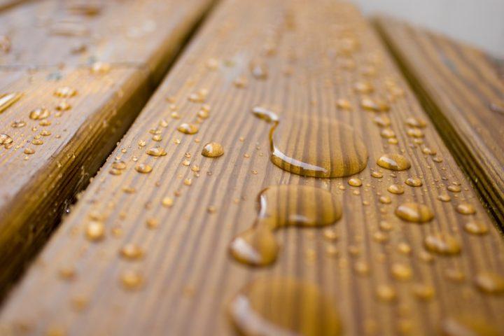 Terrassenholz pflegen