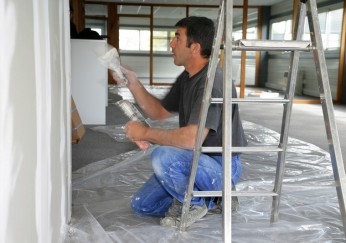 wohnung streichen tipps f r die renovierung. Black Bedroom Furniture Sets. Home Design Ideas
