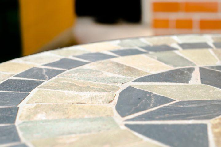 Tisch Mosaik Fliesen