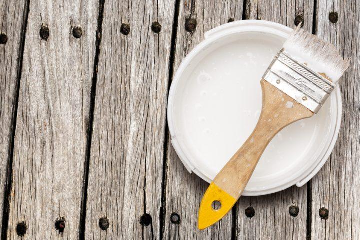 Tisch weiß streichen