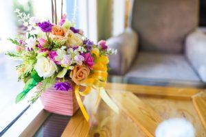 Tischplatte dekorieren
