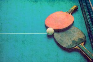 Tischtennisschläger säubern
