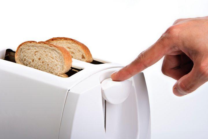 Toaster geht nicht runter