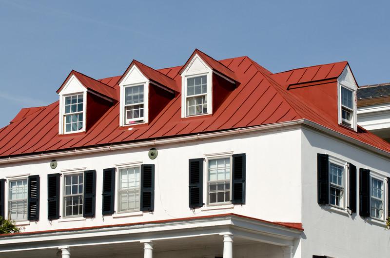 traufe eines daches alles ber den dachabschluss. Black Bedroom Furniture Sets. Home Design Ideas