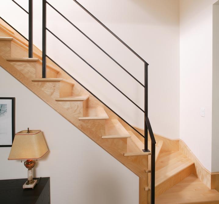 Treppe Aufarbeiten treppe aufarbeiten diese maßnahmen helfen