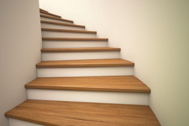 Treppe knarrt