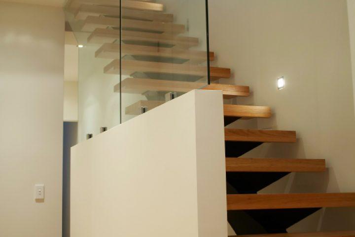 Treppe lasieren