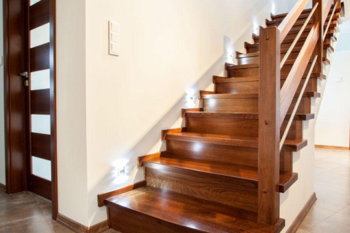 Treppe quietscht