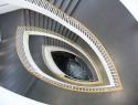 Treppenauge schließen – was kann man tun?