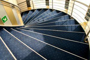 Treppenbelag renovieren