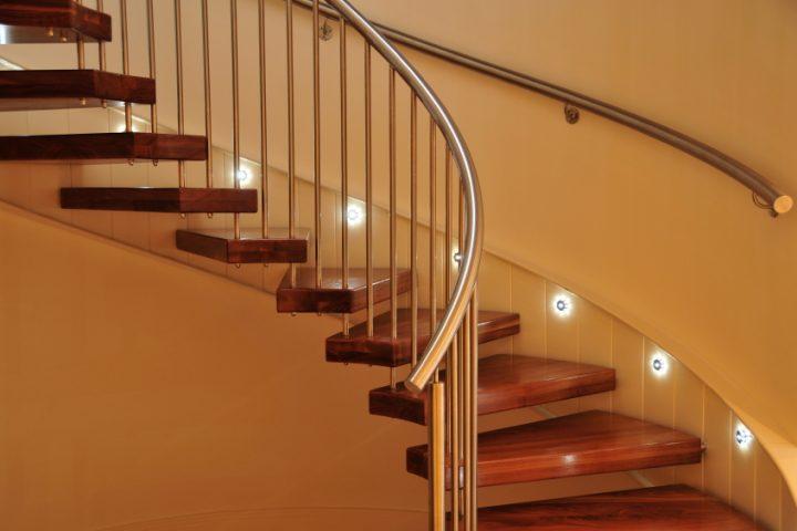 Treppenbeleuchtung einbauen