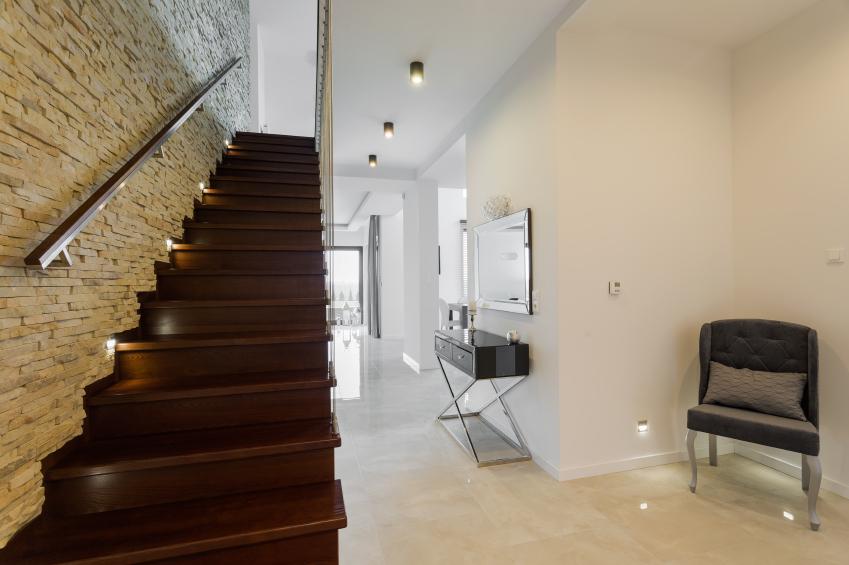 treppenbeleuchtung selber bauen diese m glichkeiten gibt 39 s. Black Bedroom Furniture Sets. Home Design Ideas