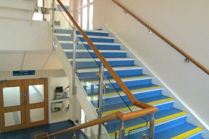 Gut bekannt Treppengeländer innen » Diese Preise sind üblich RL99