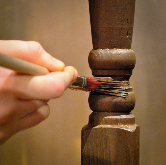 treppengel nder streichen welche farbe ist die richtige. Black Bedroom Furniture Sets. Home Design Ideas