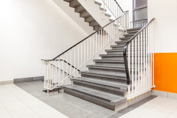 Treppengeländer verkleiden