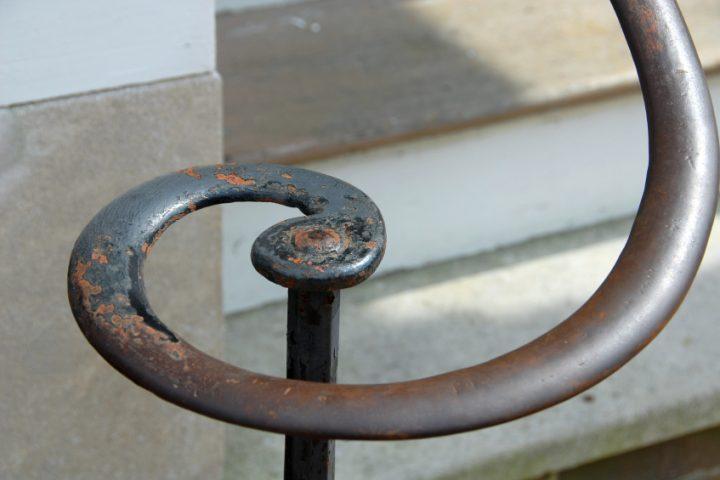 Treppengeländer Rost entfernen