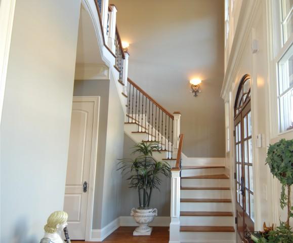 bodenbelag fürs treppenhaus » die möglichkeiten im Überblick - Treppenhaus Einfamilienhaus