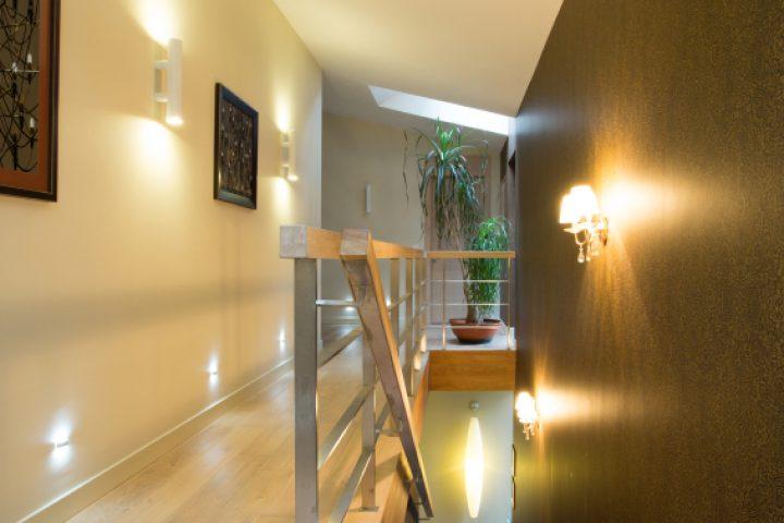 Treppenhaus Lichtakzente setzen