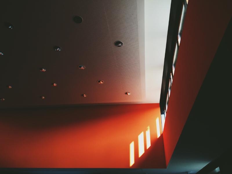 Flur Farblich Gestalten : grosses wohnzimmer farblich gestaltenTreppenhaus farblich gestalten