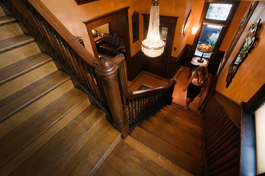 treppenhaus gestalten stile tipps deko ideen. Black Bedroom Furniture Sets. Home Design Ideas