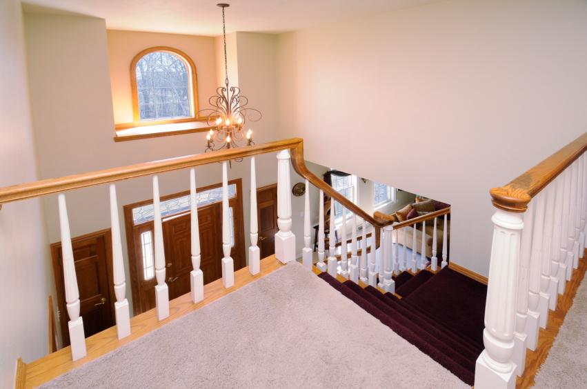 Treppenhaus modernisieren  Treppenhaus modernisieren » So machen Sie es schick