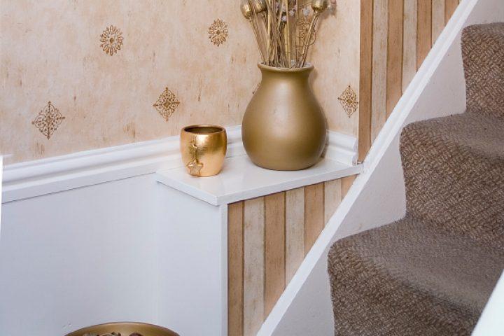 Treppenhaus tapezieren