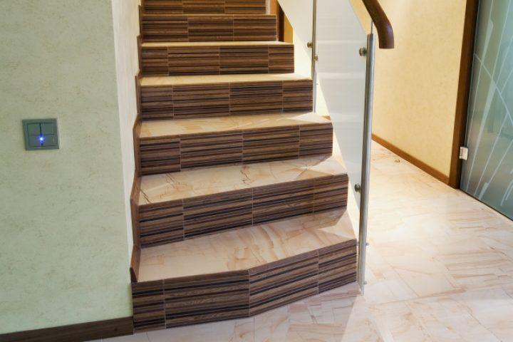 Gut bekannt Treppenhaus versetzen » Das sollten Sie bedenken RA09