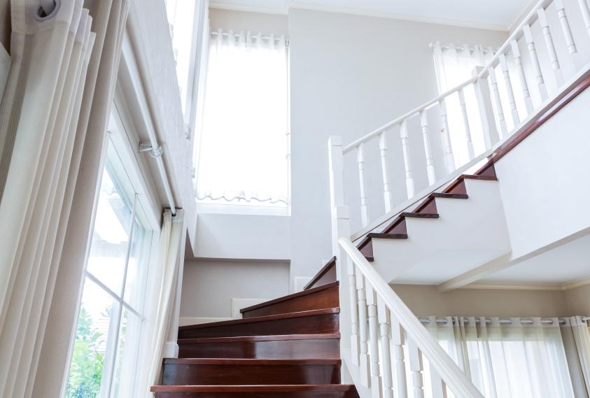 Treppenhausfenster so schaffen sie ein tolles ambiente - Fenster fur treppenhaus ...