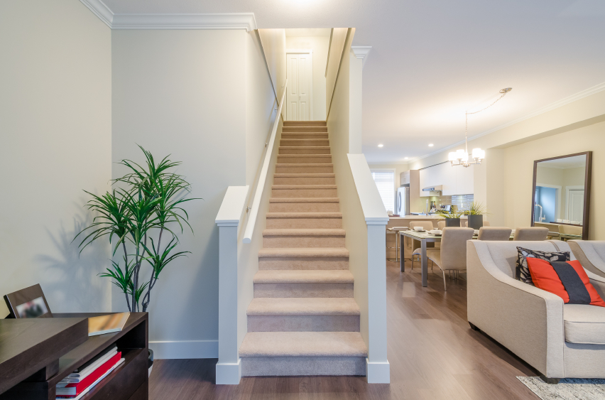 Treppenloch was ist das wie gro ist es for Treppenauge verkleiden