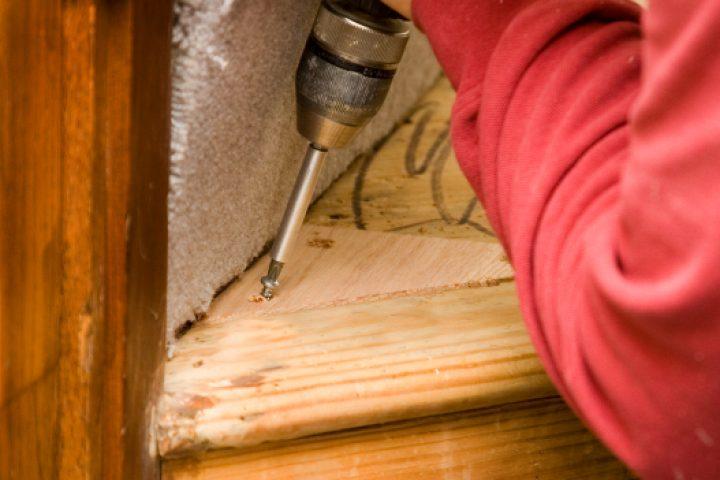 Treppenstufen Holz erneuern
