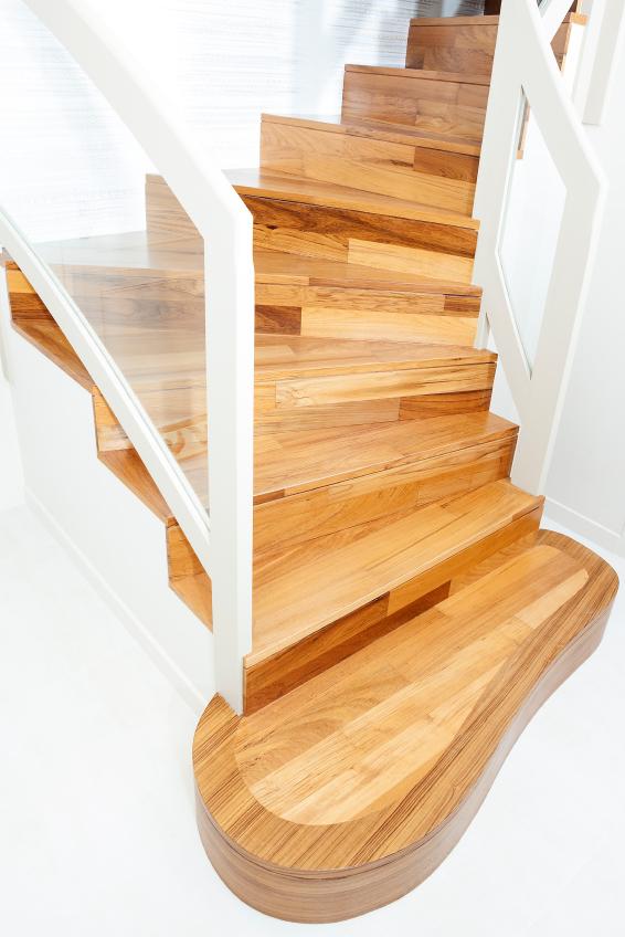 treppenstufen befestigen verschiedene m glichkeiten. Black Bedroom Furniture Sets. Home Design Ideas