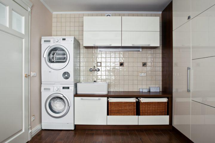 Trockner auf Waschmaschine setzen