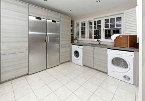 trockner gr er als waschmaschine ist das ein problem. Black Bedroom Furniture Sets. Home Design Ideas