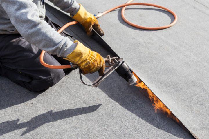 Unterschiedliche Verwendung Dachpappe und Schweißbahn