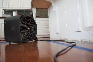Schimmel mit Ventilator bekämpfen