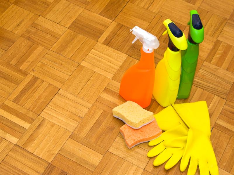Fußbodenbelag Reinigen ~ Vinylboden reinigen anleitung in schritten