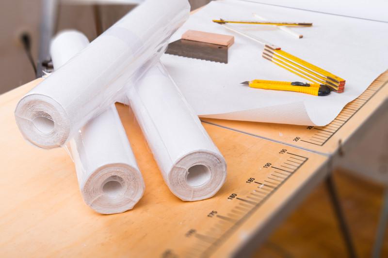 vliestapete verarbeiten anleitung mit vielen praktischen. Black Bedroom Furniture Sets. Home Design Ideas
